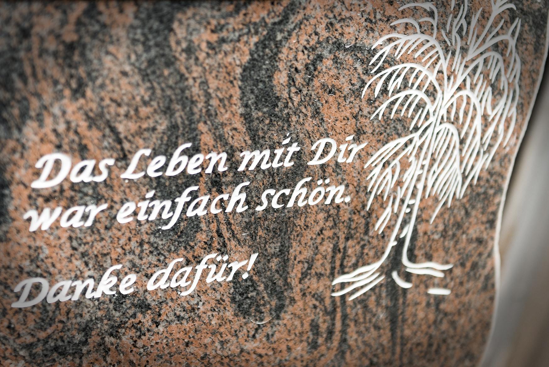 Steinbeschriftung von Braun + Kohler Steinmetz